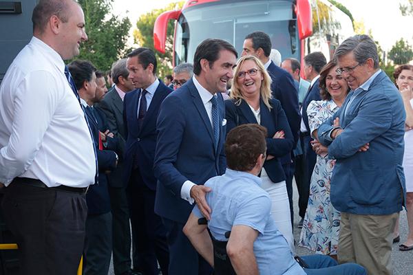 Visitando los autobuses